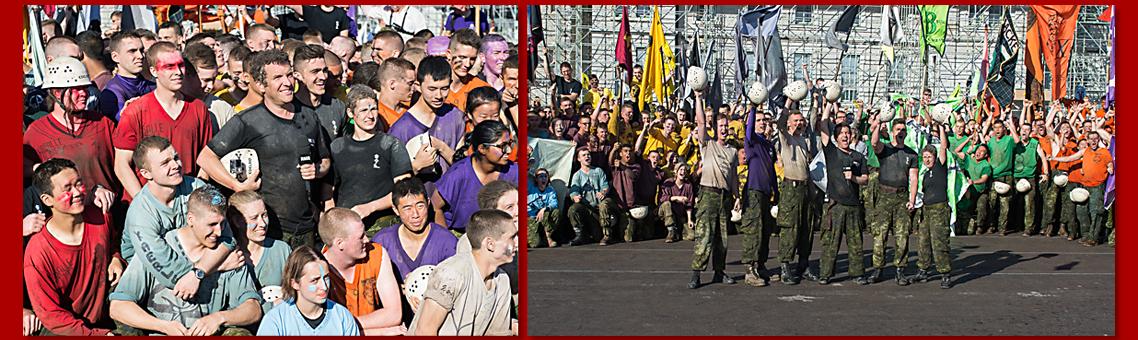 Rick Mercer et des élèves-officiers